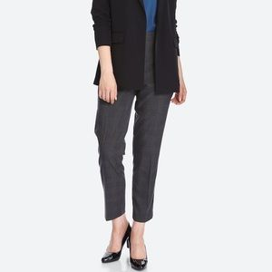 Uniqlo Smart Ankle Trouser Pant in Charcoal Gray
